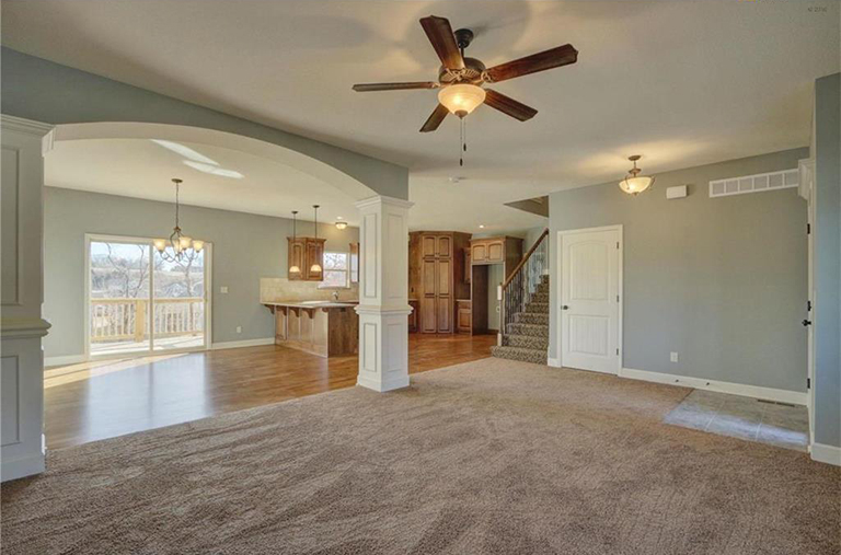 5045 NW Timeberline.New Home